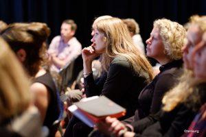 publiek bij lezing